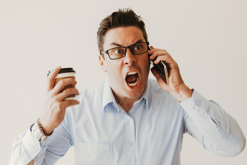 Jauns pakalpojums - tālruņa līnija, kas uzklausīs sūdzēšanos un lamāšanos