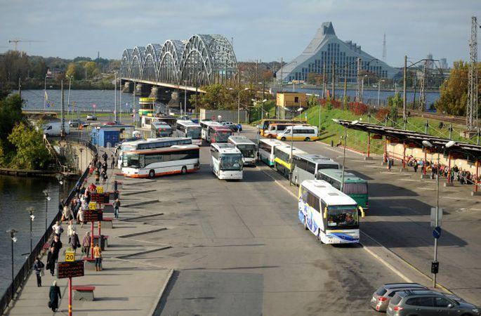 Rīgas starptautiskajā autoostā uzstādīta inovatīva reisu vadības sistēma