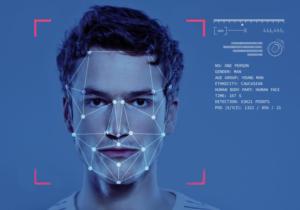 Lielbritānijas skolas izmanto sejas atpazīšanu